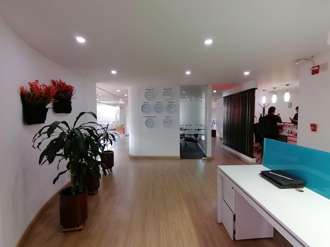 Adecuacion oficina Cyan diseño interior