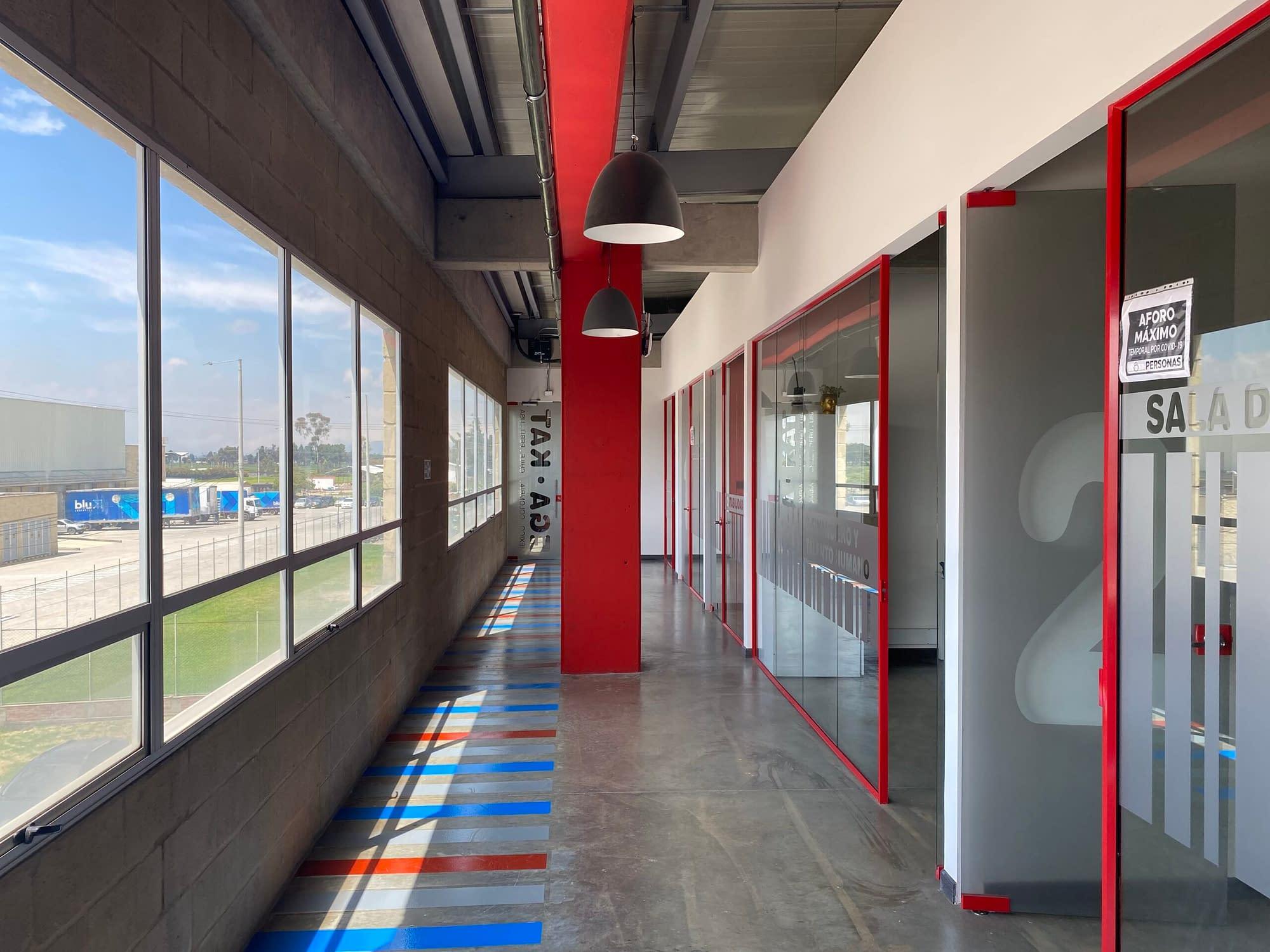 Diseño y Adecuacion oficina Egakat