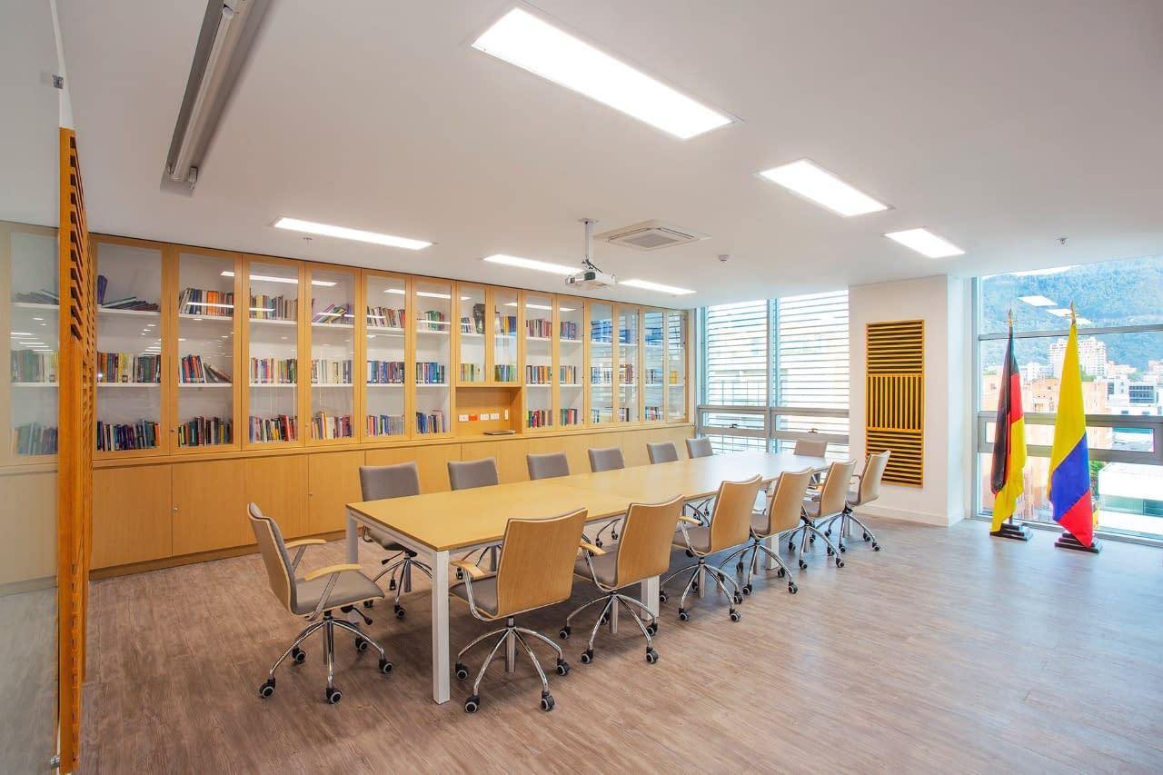 Diseño Interior y Adecuacion Oficina Konrad Adenauer