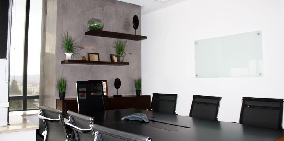 Diseño y Construcción Oficina Columbus Networks
